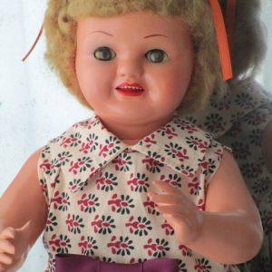 Chelito Doll papier-mâché