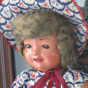 Chelito Doll Walking