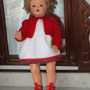 Spanish papier-mÂchÉ doll from the 1940s