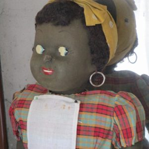 Muñeca Negra de Ropa