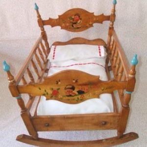 Antique cradle year 40 (nº2)