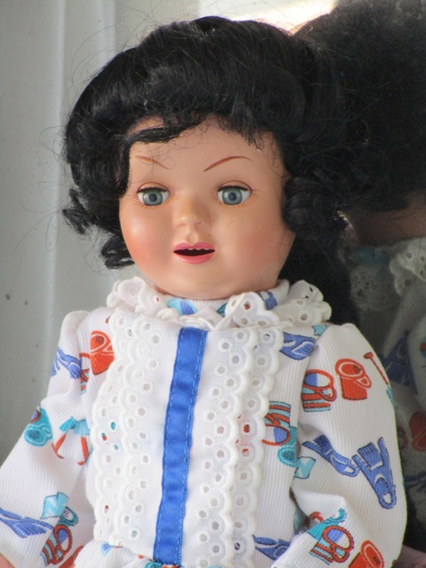 Cayetana Famosa Doll