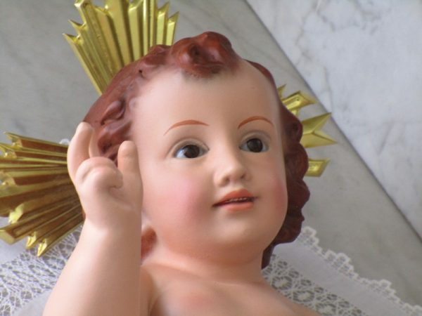 Baby jesus with glass eyes from olot