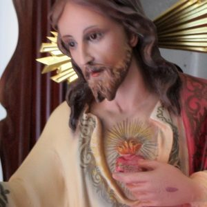 Statue of the sacred heart of our lord jesus christ
