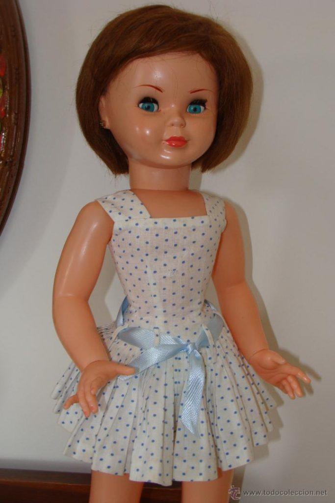 muñeca Pierina de Famosa