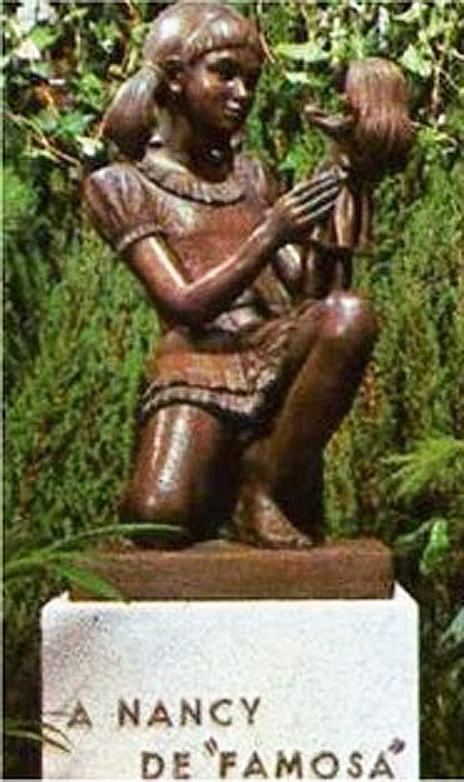 Monumento a Nancy de Famosa en Onil