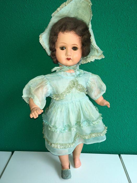 muñeca de la época de Edmund Knoch